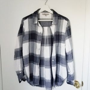 Athleta flannel shirt size small